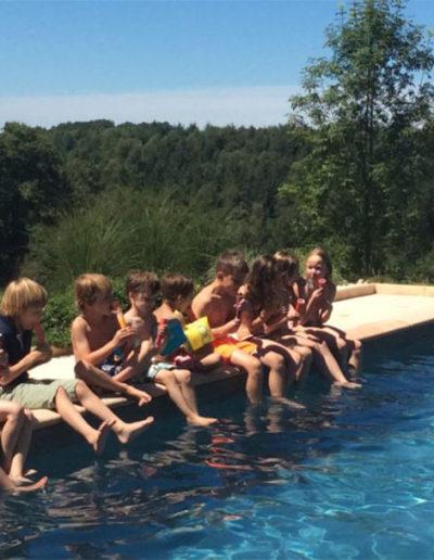 Zwemmen-ijsjes-eten-en-weer-zwemmen-1080